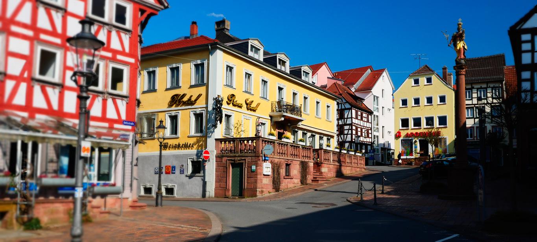hotel-prinzcarl_slide1_april_opt